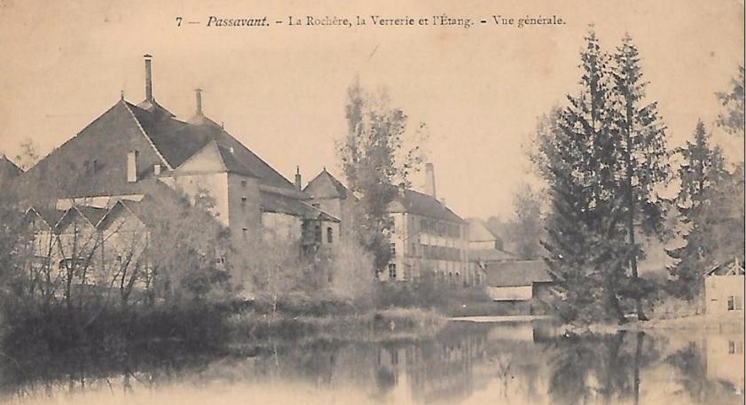 la rochere huta szkła, żródło obrazu wikipedia