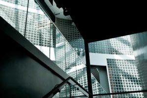 luksfery na klatce schodowej, luksfery na zewnątrz, luksfery na wymiar, luksfery na schodach, luksfery z led,