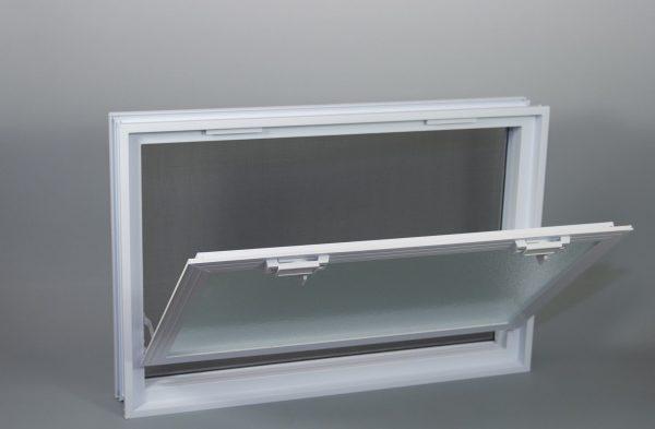 Okno wentylacyjne Went 3/2 do pustaków szklanych luksferów